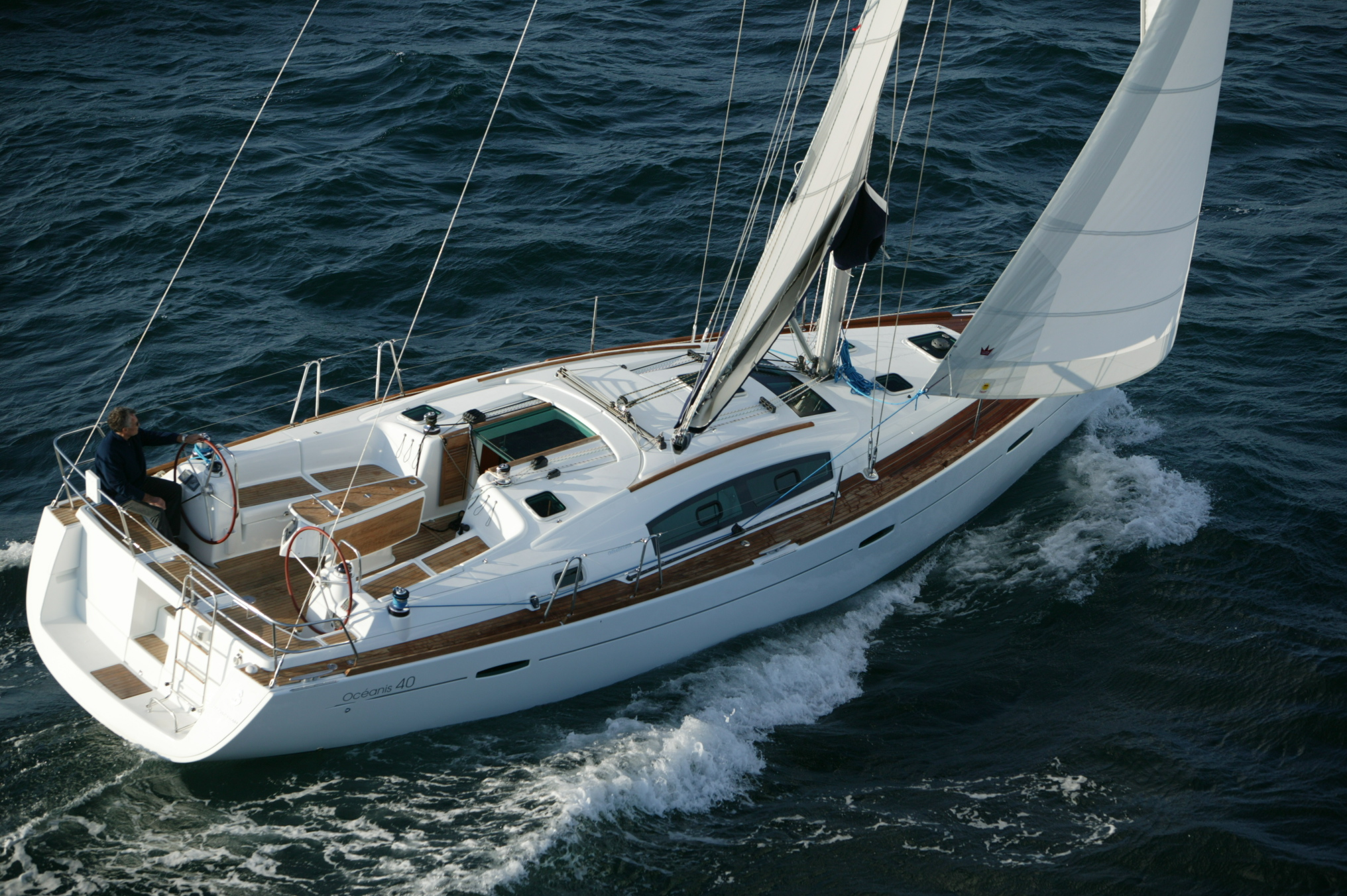 Oceanis 40, Night Owl, great sailng yacht.
